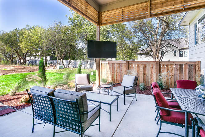 1201 S Fawnwood St Wichita Ks Small 027 54 Outdoor Living Area 666×445 72dpi