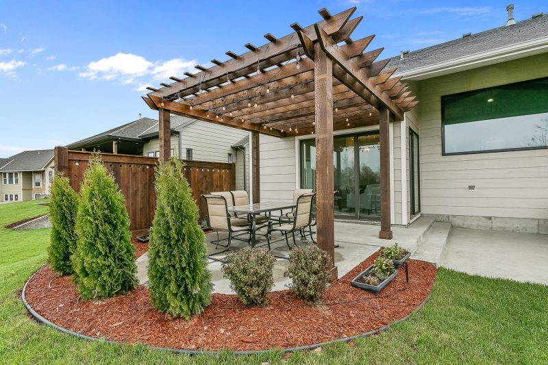 2921 N Gulf Breeze Large 036 35 Outdoor Living Area 1500×1000 72dpi